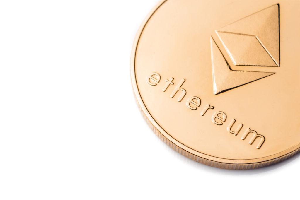 بعضی از معاملهگران پیش بینی کرده اند قیمت اتریوم تا دسامبر به ۱,۰۰۰ دلار میرسد. مقالات فرهاد اکسچنج
